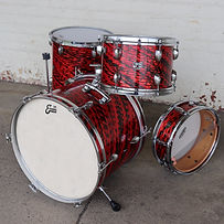 Yamaha C-200 Vintage 60's Drum Set Red Thunder Wrap