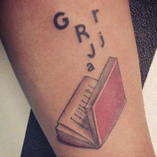 tatuagem-língua-portuguesa-23.jpg