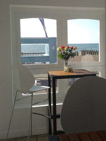 West Rocks Beach Club, Eastbourne