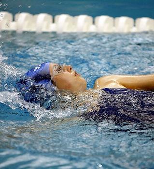 swimming-1515213_1920.jpg