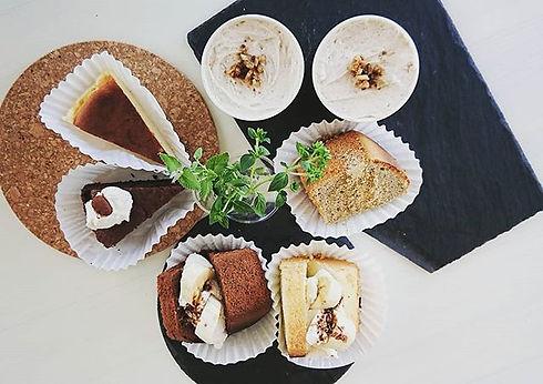 #菜sai _#ケーキ_通常5~6種類、定番で並ぶ事の多い_ケーキたちです。__