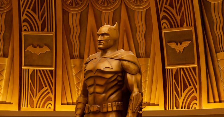 Justice League Attraction Queue