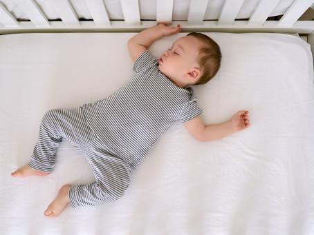 Sommeil de bébé : de 4 à 8 mois