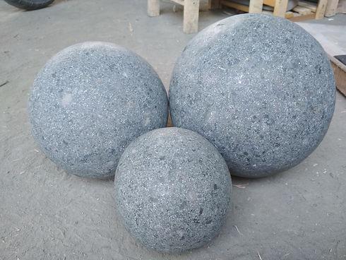 Stone Bal Decor4