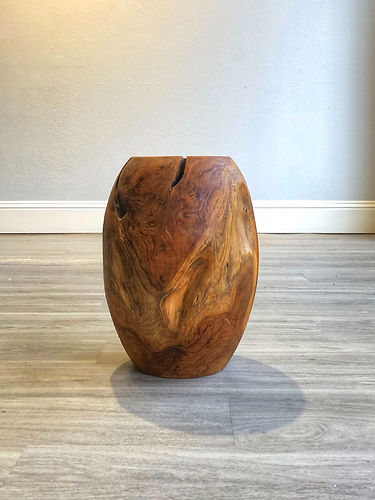 Wood Vase - Front Farther Away.jpe