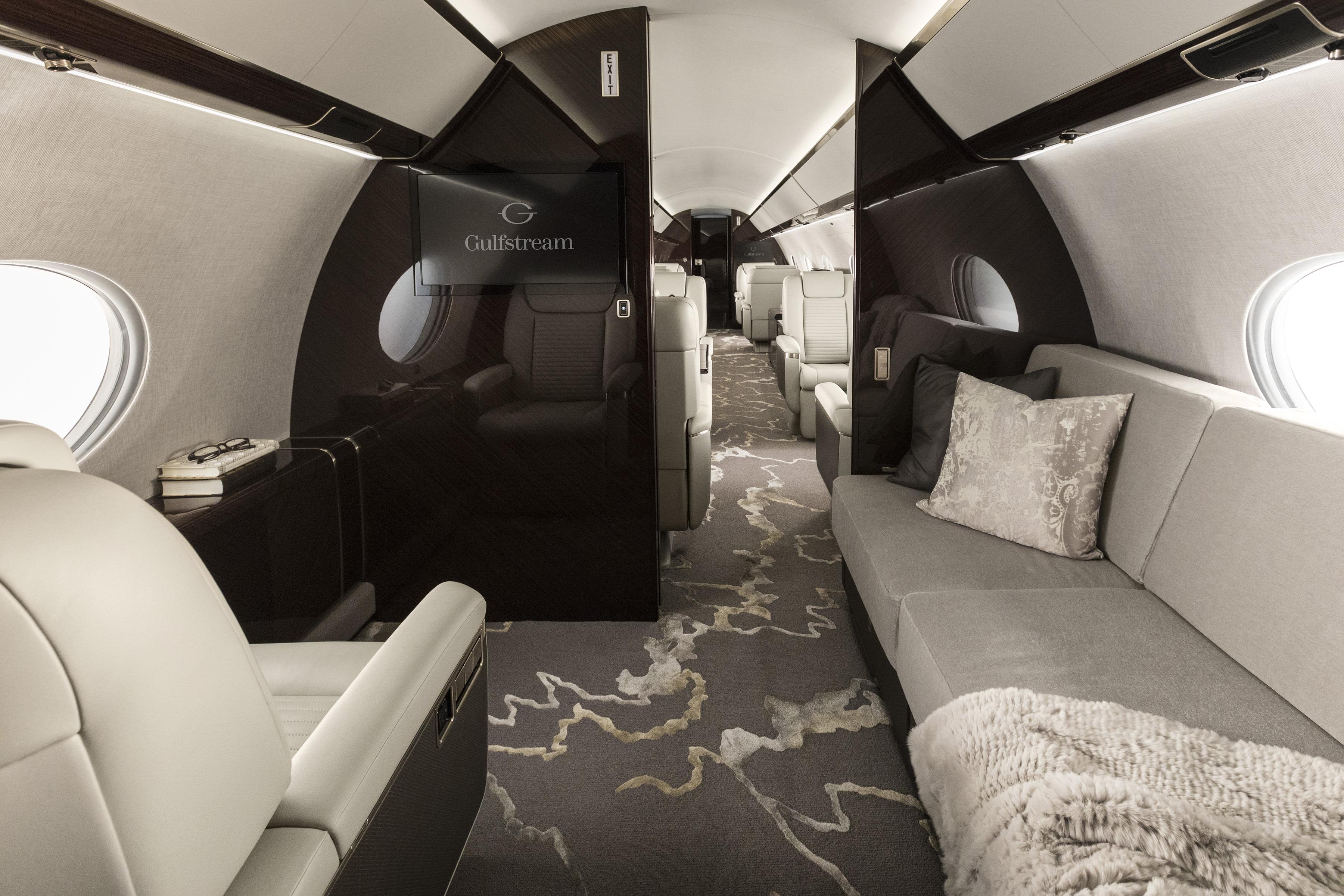 G-650ER Interior