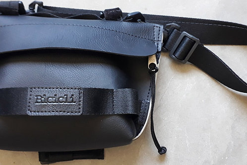 Minibag Slick - Pochete Clutch Tiracolo Bagbike Preta