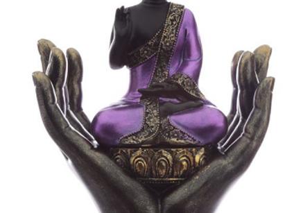 Bouddha dans mains