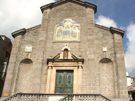 Scopri Piana degli Albanesi. La Cattedrale di San Demetrio Megalomartire