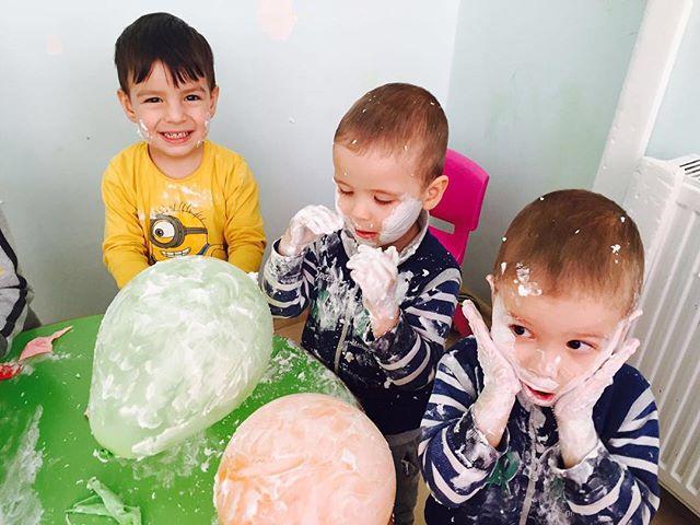 Eğlence bizden sorulur 😅 #etkinlikpaylasimi  #etkinliköneri #köpük #balon #eğlenöğren  #eglence #do