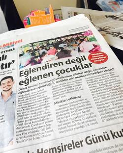 Milliyetteyiz🤗 Gazeteyi alıp çektiğiniz fotoğrafı  _bebekakademi  _dnzamiral  Etiketleriyle paylaşa