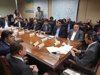 Governador e Fórum articulam em Brasília vinda da ferrovia até Cuiabá