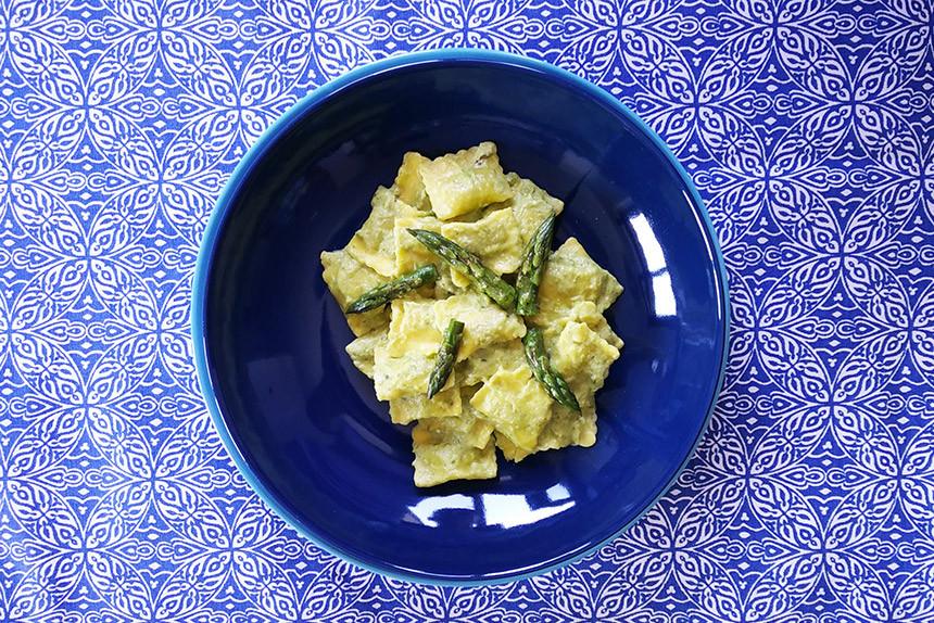 Ravioli ricotta e spinaci GustaMente con crema di asparagi - SENZA GLUTINE