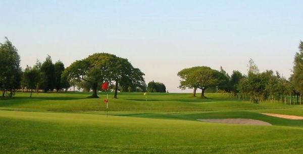 Fairwood-Park-Golf-Course-in-Gower_Golfi