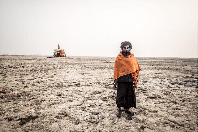 Solitude ⛺️ #desert #ganges #varanasi #india #shoeless #natgeo