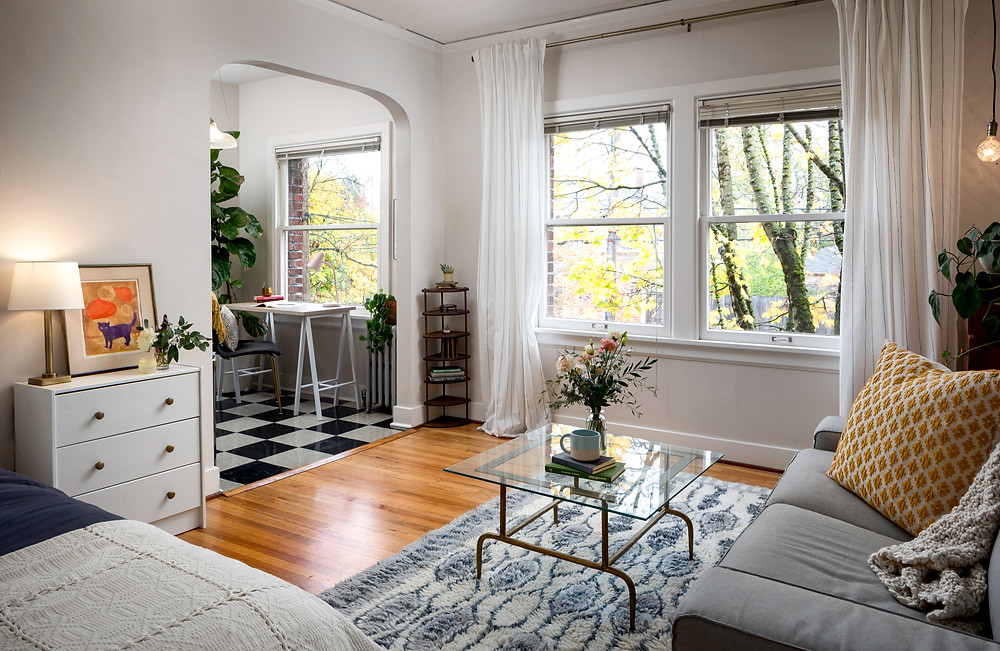 what-to-look-for-when-touring-apartment-rentals-loving-quarters
