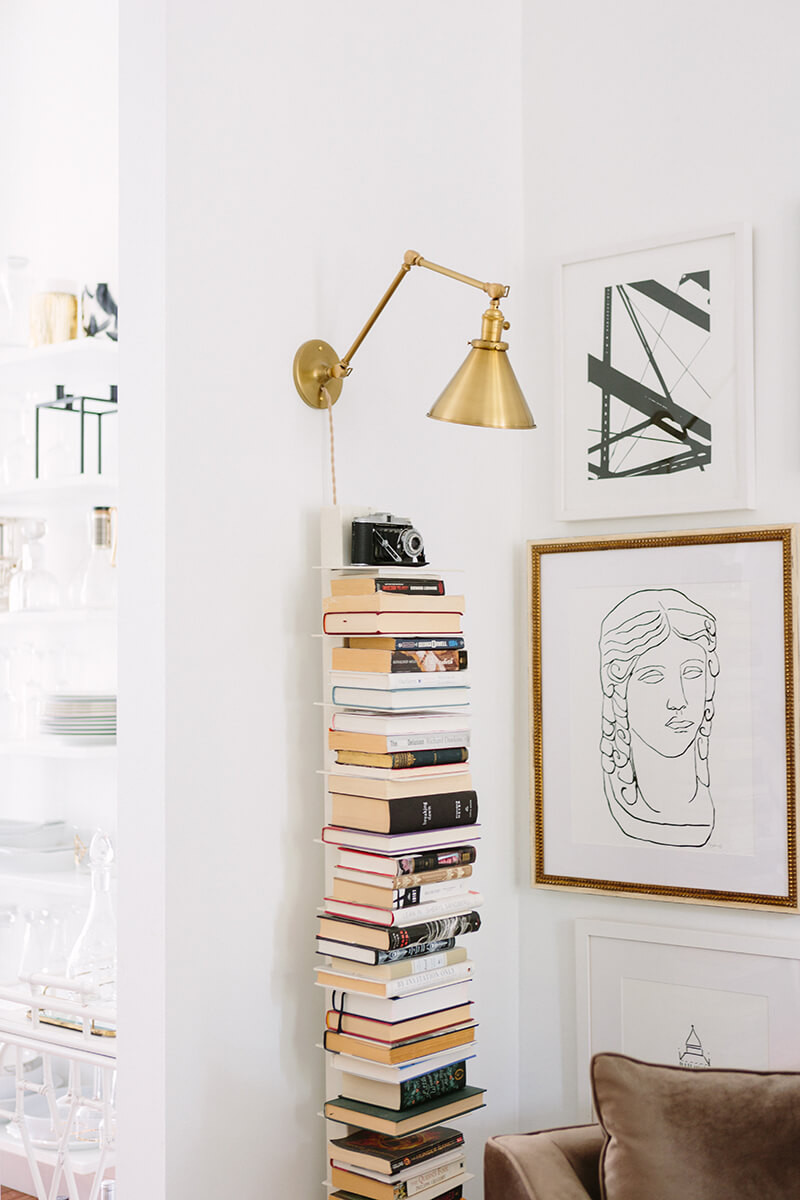 how to make the best use of vertical space in your apartment