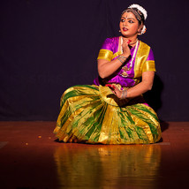 A Bharatanatyam dance performace