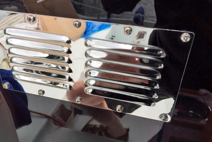 Shiny SS vent on acrylic washboards