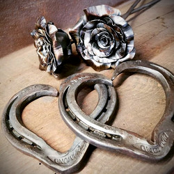 Horseshoe Hearts and Roses