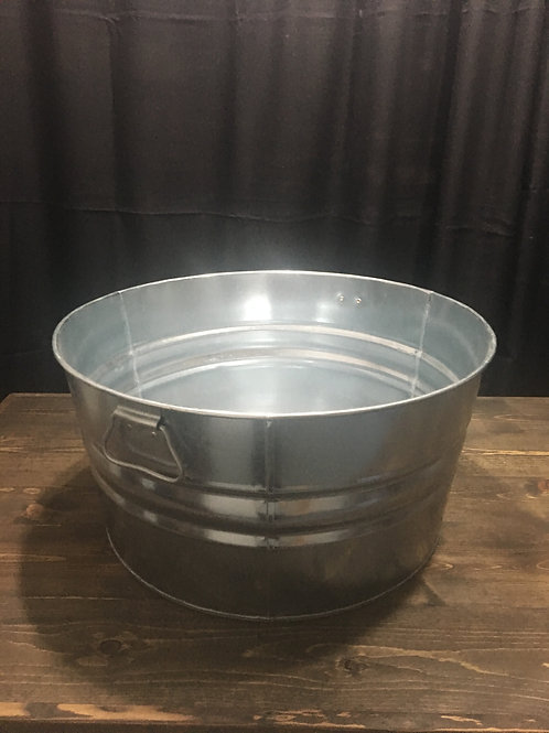 8 gallon tin tub