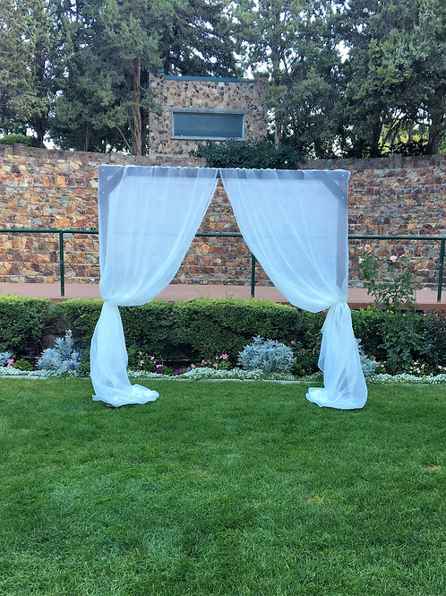 Arch w/Sheer Curtains (4 Panels)