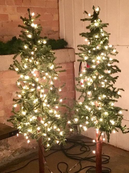 3'-4' Alpine Trees w/Lights