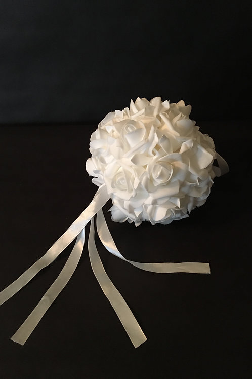 "6"" Flower Kissing Ball"