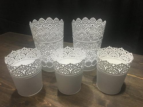 White Lace Tin Set
