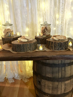 Wood Round Centerpiece/Cookie Bar