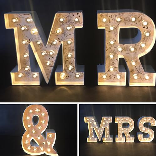 Mr & Mrs Paper