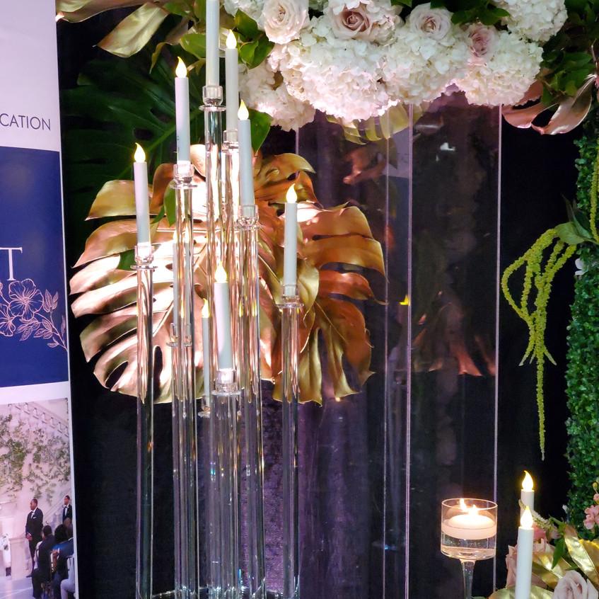 Clear glass candelabra wedding