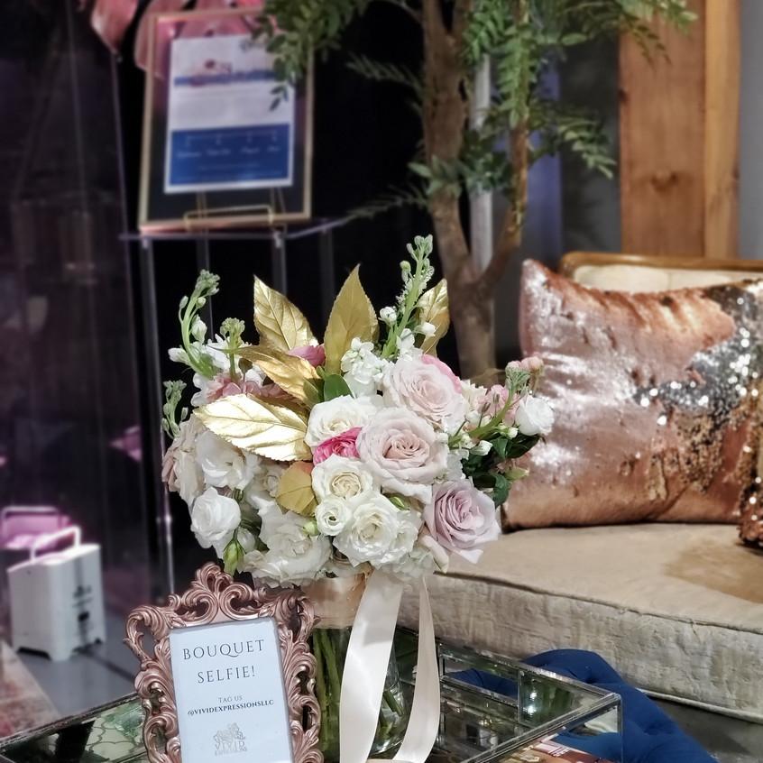 blush, pink, cream, gold bouquet