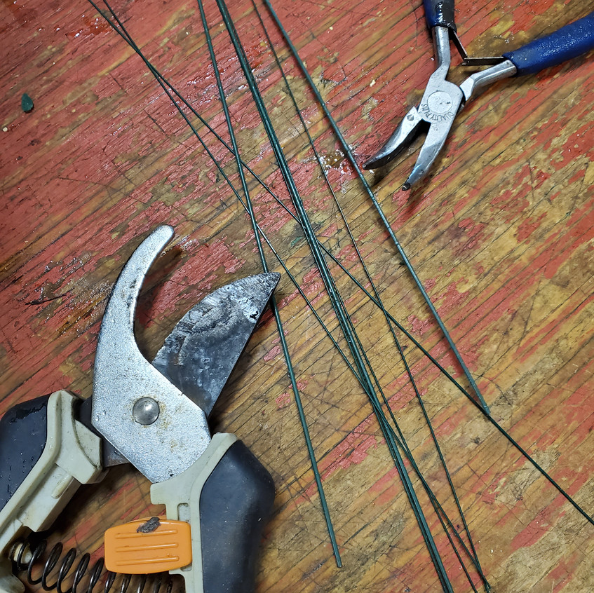 Wire and tools for floral design