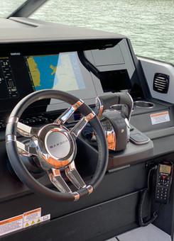 Saxdor 200 cockpit