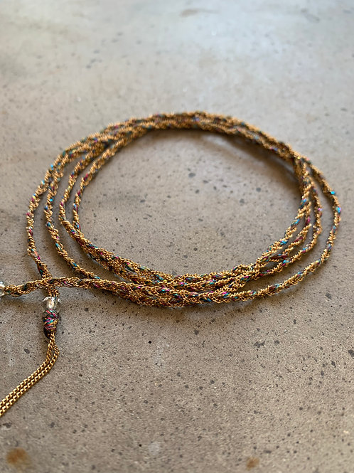 שרשרת זהב סרוגה