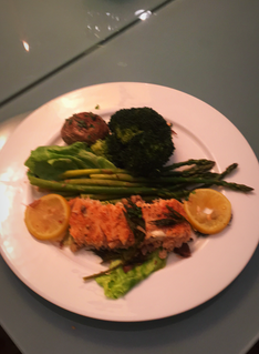 Steam salmon with vegetables