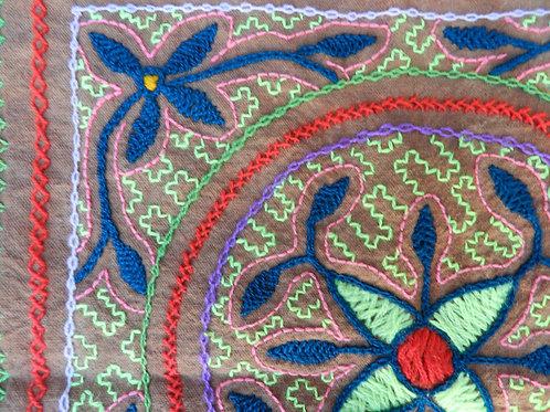 Bobinsana embroided cloth