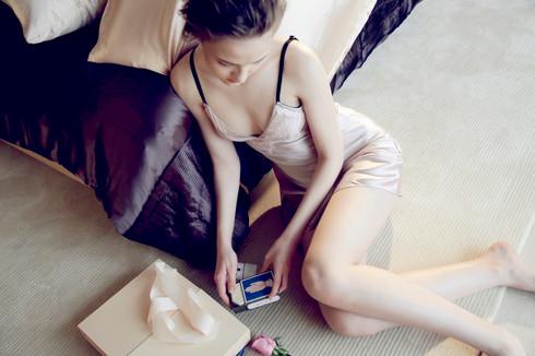 シルクスリップドレス(カップ付き)