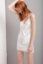シルクスリップドレス