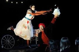 Jazmin interprète Nedda/Colombina