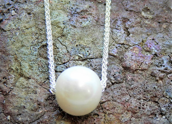White Fresh Water Pearl & Silver Chain.