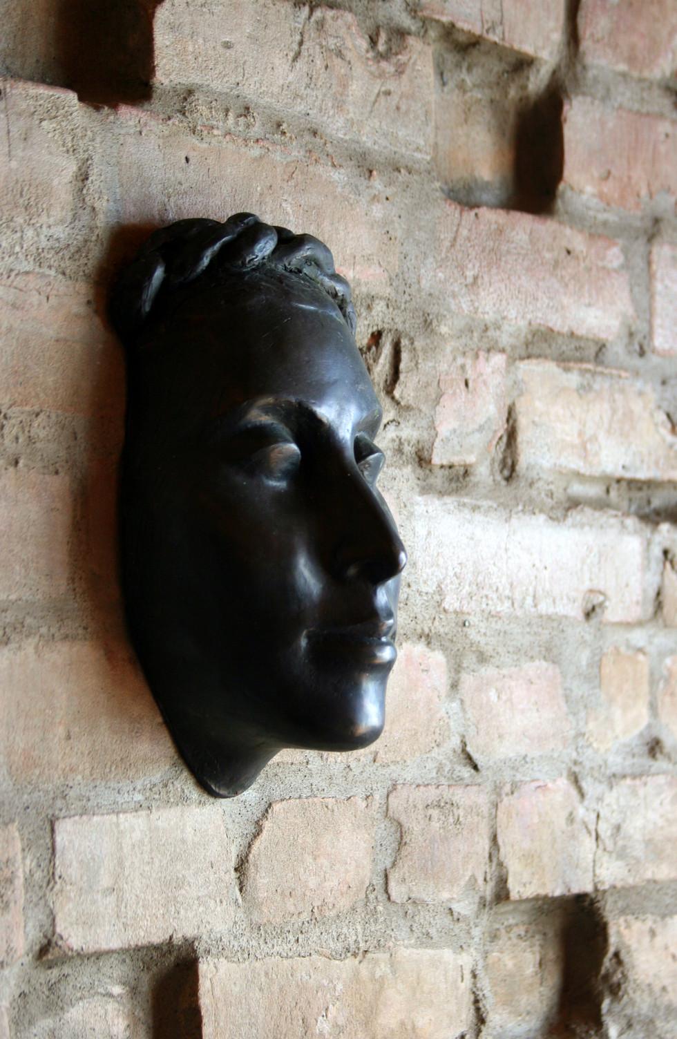 Sculpture by Janie Darovkikh