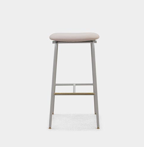 bar stool.jpg