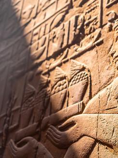 closeup-engravings-walls-luxor-temple-egypt.jpg