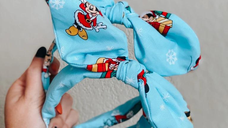 Mickey's Blue Christmas Knot Band