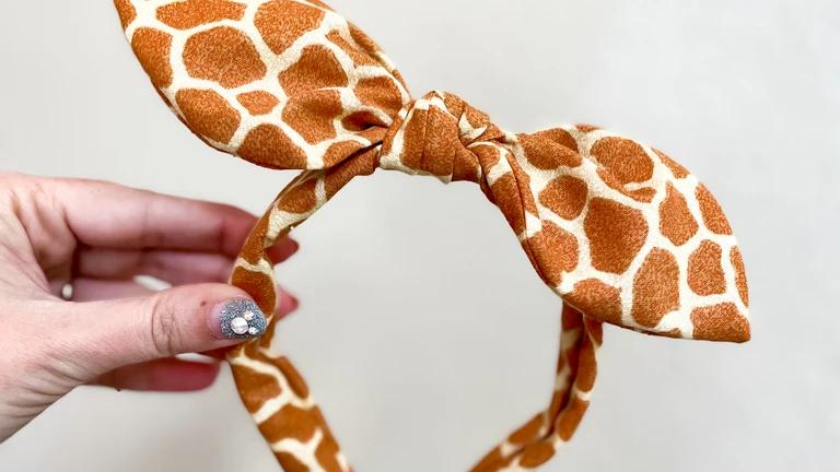 Giraffe Knot Band