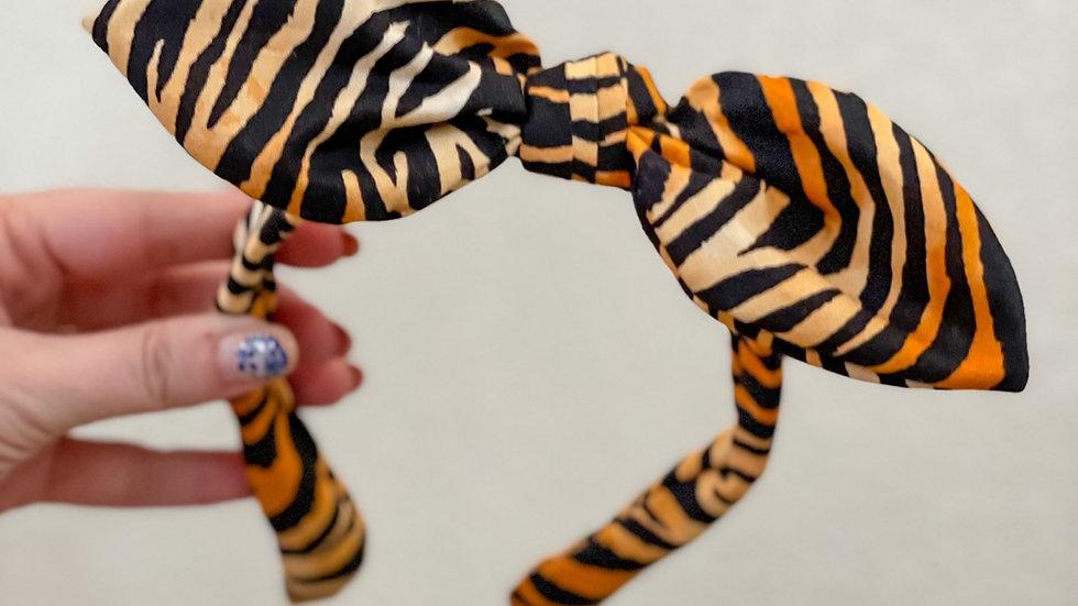 Tiger Knot Band