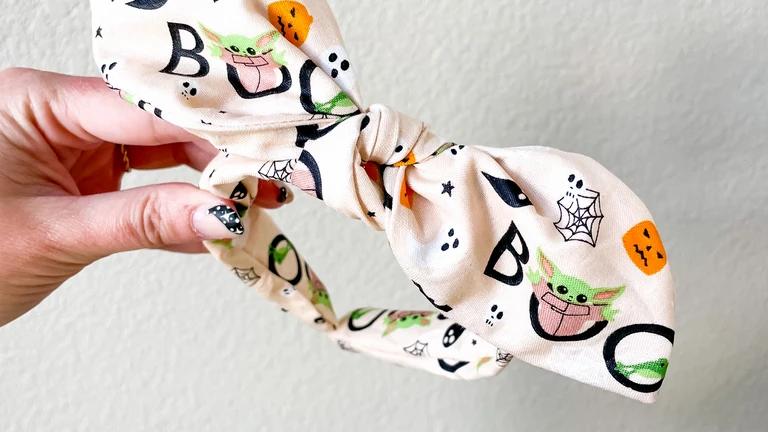 Baby Yoda Halloween Knot Band