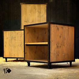 kinkl_présentoirs cubes indus vitrine commerce bretagne begard lannion morlaix saint brieuc breizh bzh guingamp kinl kink